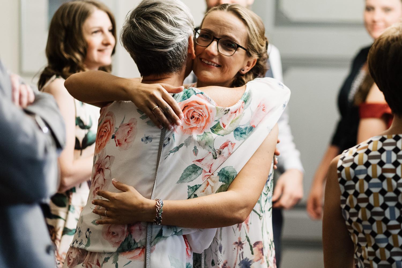 Hochzeit-Elena-Sandra-16-1 Elena & Sandra - gleichgeschlechtliche Hochzeit bei Hameln Hochzeitreportage