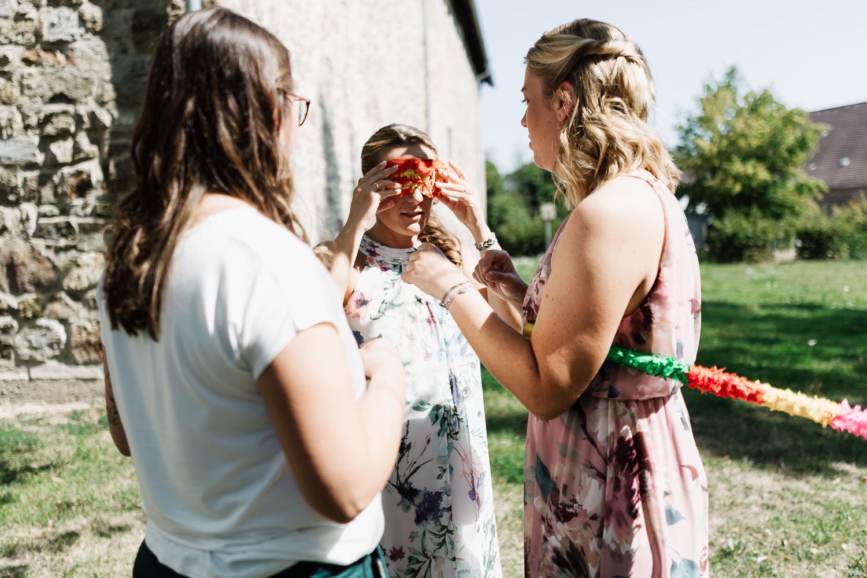 Hochzeit-Elena-Sandra-28-1 Elena & Sandra - gleichgeschlechtliche Hochzeit bei Hameln Hochzeitreportage