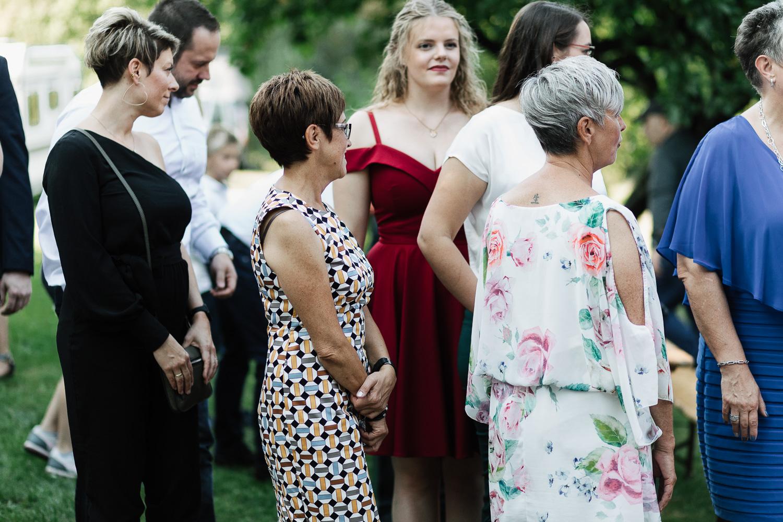 Hochzeit-Elena-Sandra-34-1 Elena & Sandra - gleichgeschlechtliche Hochzeit bei Hameln Hochzeitreportage
