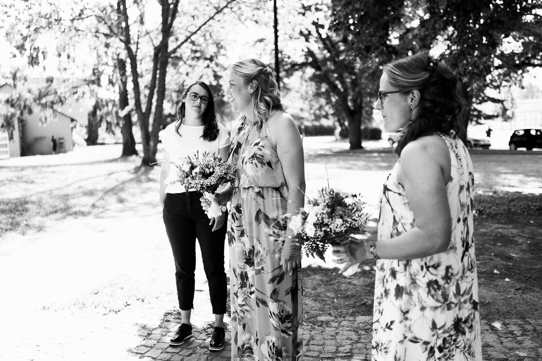 Hochzeit-Elena-Sandra-5-2 Elena & Sandra - gleichgeschlechtliche Hochzeit bei Hameln Hochzeitreportage
