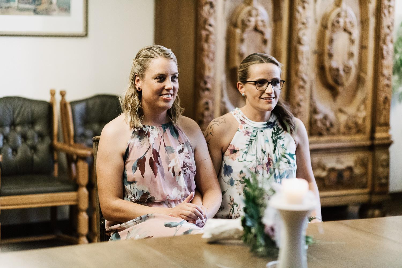 Hochzeit-Elena-Sandra-8-1 Elena & Sandra - gleichgeschlechtliche Hochzeit bei Hameln Hochzeitreportage