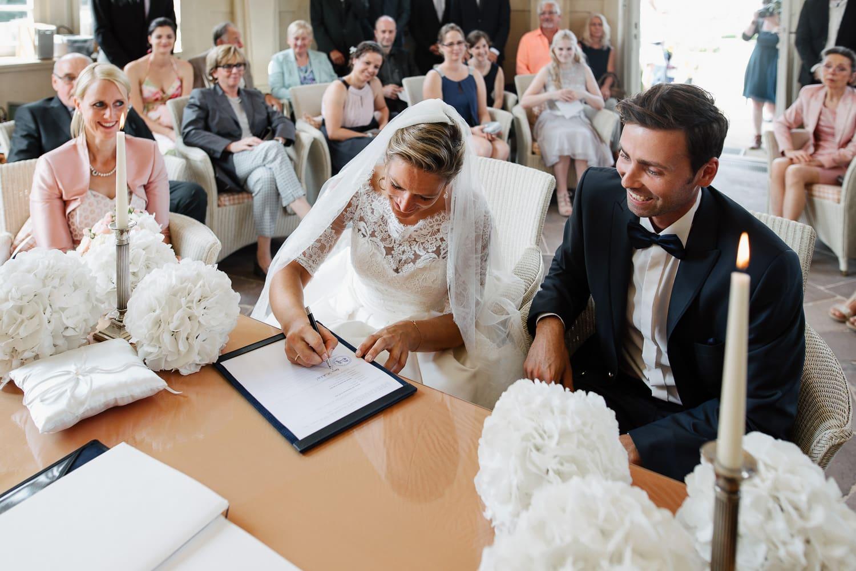 Julia-Benno-Hochzeitsreportage-67 Märchen-Hochzeit auf Schloss Schwöbber Hochzeitreportage
