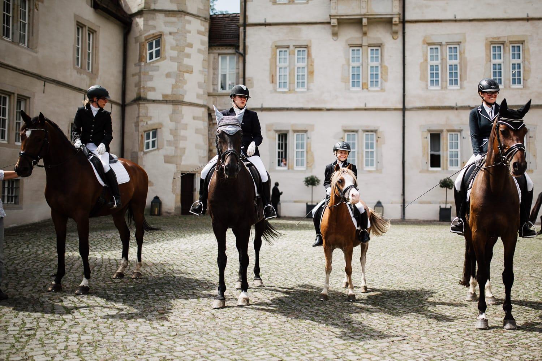 Julia-Benno-Hochzeitsreportage-76 Märchen-Hochzeit auf Schloss Schwöbber Hochzeitreportage