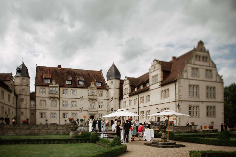 Julia-Benno-Hochzeitsreportage-83 Märchen-Hochzeit auf Schloss Schwöbber Hochzeitreportage