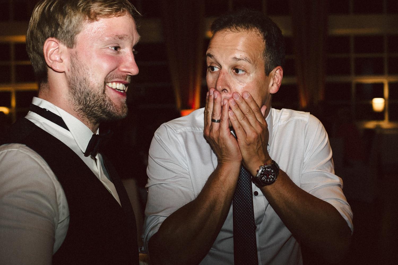 Sarah-Sven-Hochzeitsreportage-114 Yogalehrerin heiratet Handball Trainer Hochzeitreportage