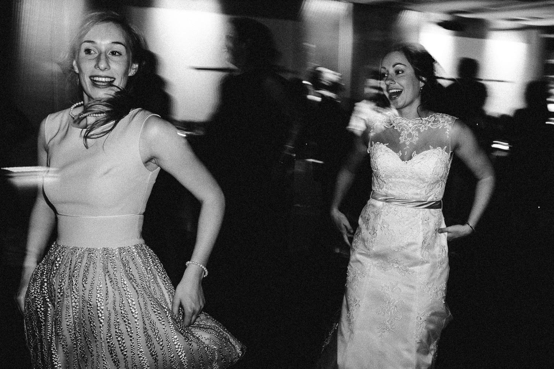 Sarah-Sven-Hochzeitsreportage-118 Yogalehrerin heiratet Handball Trainer Hochzeitreportage