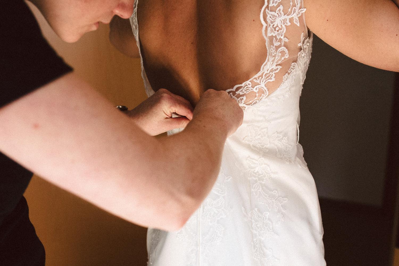 Sarah-Sven-Hochzeitsreportage-30 Yogalehrerin heiratet Handball Trainer Hochzeitreportage
