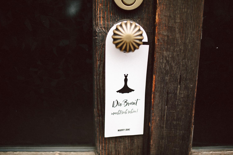 Sarah-Sven-Hochzeitsreportage-4 Yogalehrerin heiratet Handball Trainer Hochzeitreportage