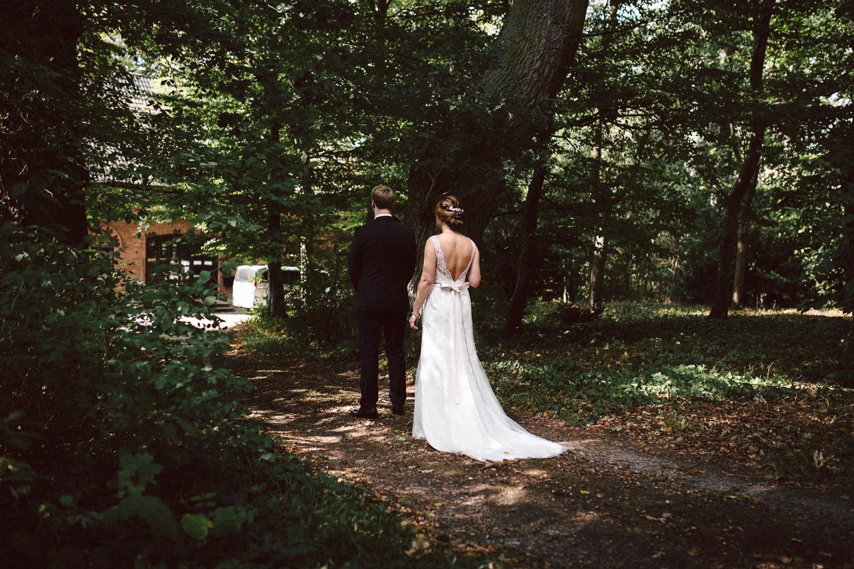Sarah-Sven-Hochzeitsreportage-44 Yogalehrerin heiratet Handball Trainer Hochzeitreportage