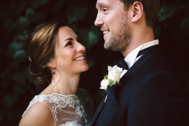 Sarah-Sven-Hochzeitsreportage-47 Yogalehrerin heiratet Handball Trainer Hochzeitreportage