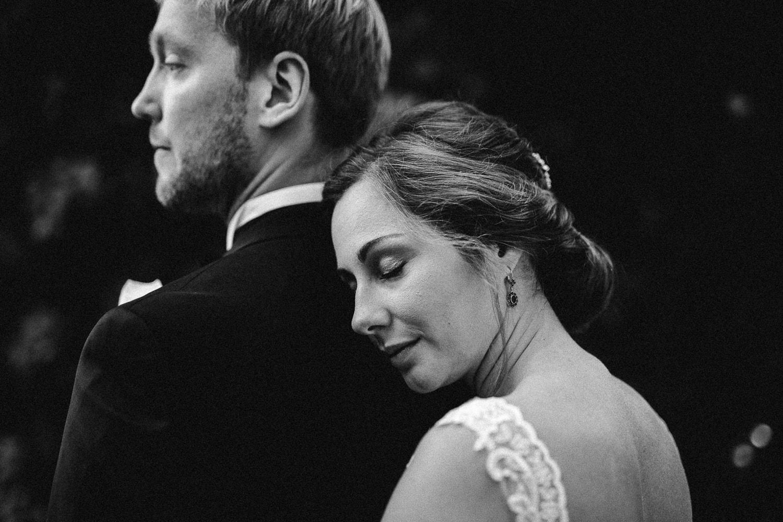 Sarah-Sven-Hochzeitsreportage-53 Yogalehrerin heiratet Handball Trainer Hochzeitreportage