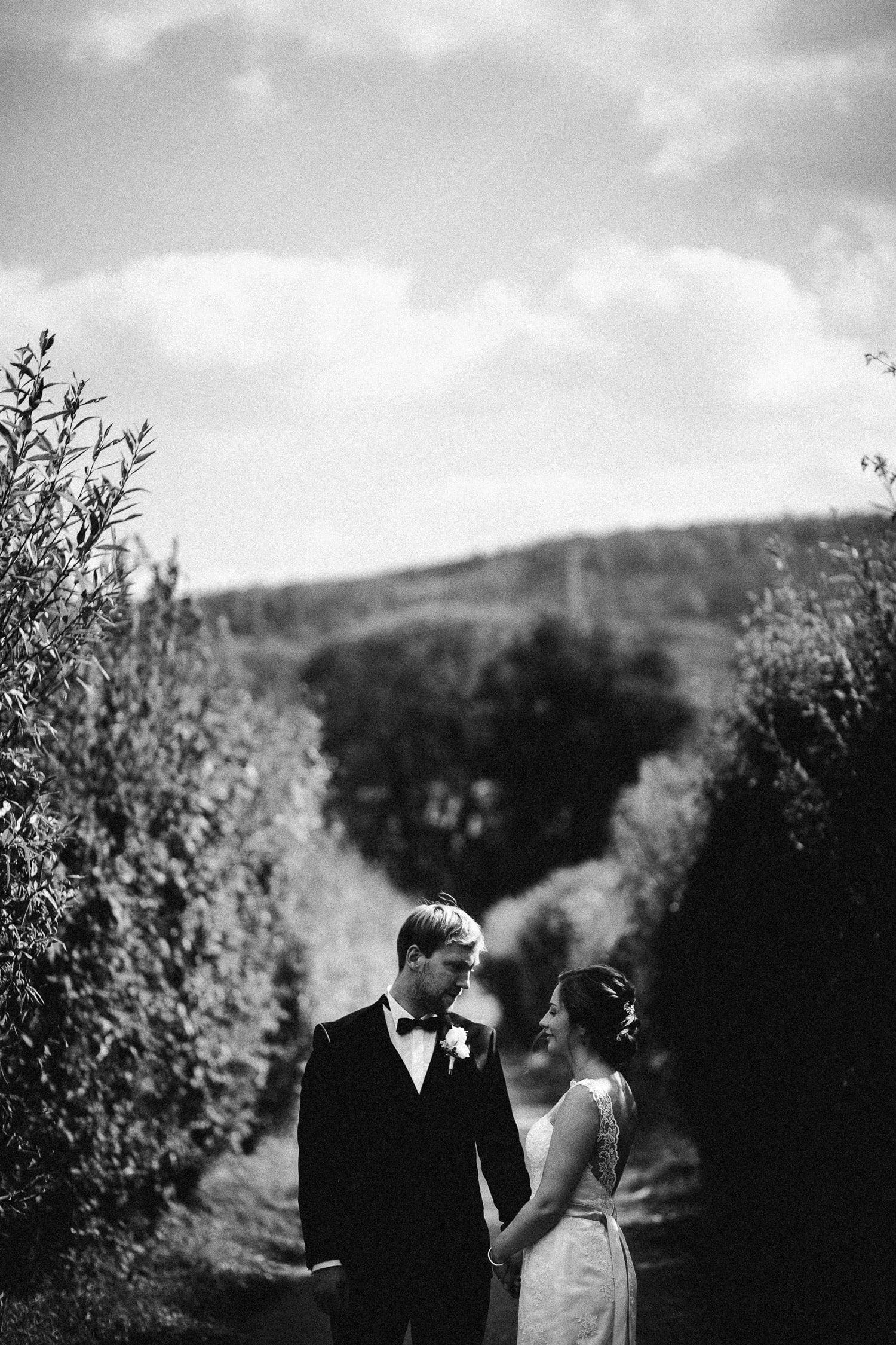 Sarah-Sven-Hochzeitsreportage-59a Yogalehrerin heiratet Handball Trainer Hochzeitreportage