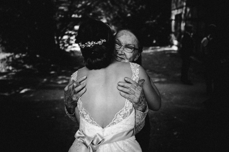 Sarah-Sven-Hochzeitsreportage-63 Yogalehrerin heiratet Handball Trainer Hochzeitreportage