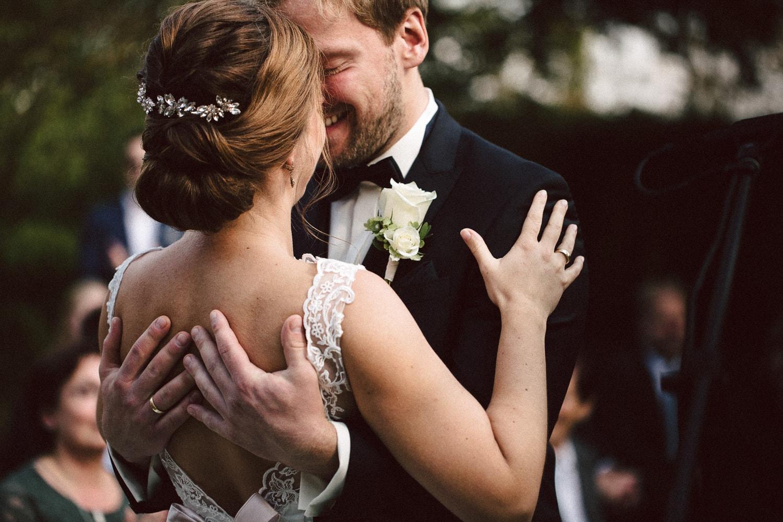 Sarah-Sven-Hochzeitsreportage-85 Yogalehrerin heiratet Handball Trainer Hochzeitreportage