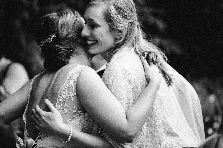 Sarah-Sven-Hochzeitsreportage-89 Yogalehrerin heiratet Handball Trainer Hochzeitreportage