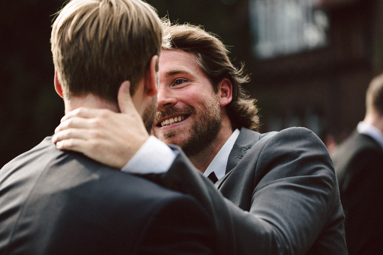 Sarah-Sven-Hochzeitsreportage-97 Yogalehrerin heiratet Handball Trainer Hochzeitreportage