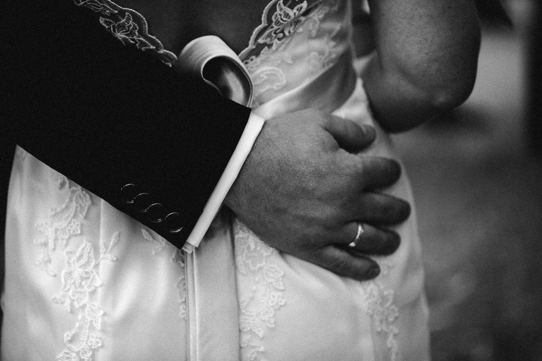Sarah-Sven-Hochzeitsreportage-98 Yogalehrerin heiratet Handball Trainer Hochzeitreportage