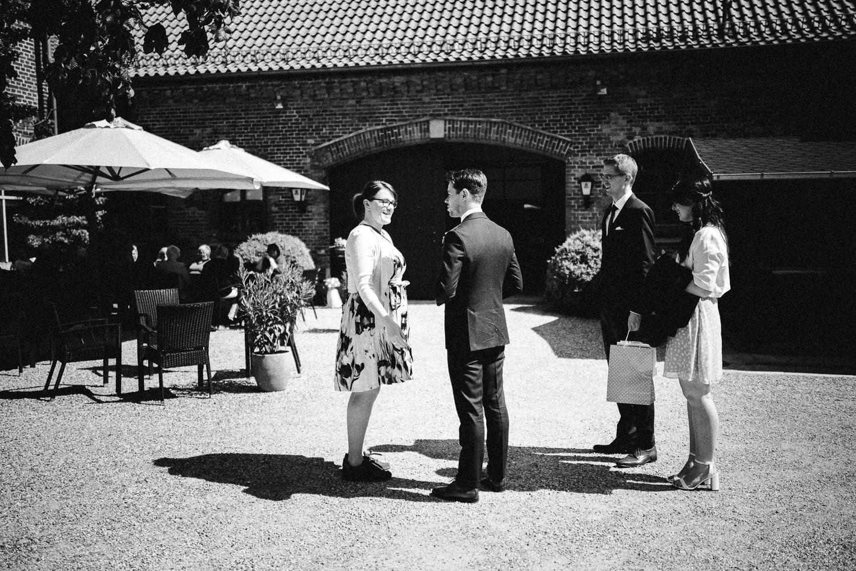 Vanessa-Nicholas-Hochzeitsreportage-41 Vanessa & Nicholas - freie Trauung in der Mosterei Ockensen Hochzeitreportage