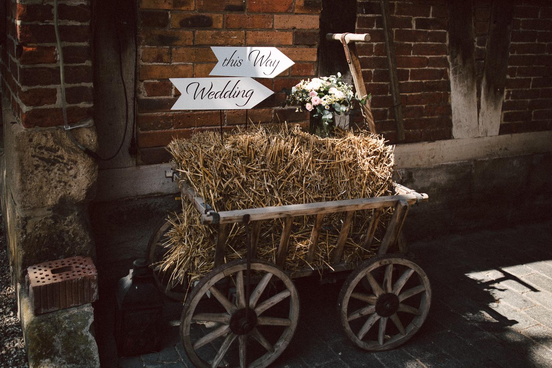 Vanessa-Nicholas-Hochzeitsreportage-42 Vanessa & Nicholas - freie Trauung in der Mosterei Ockensen Hochzeitreportage