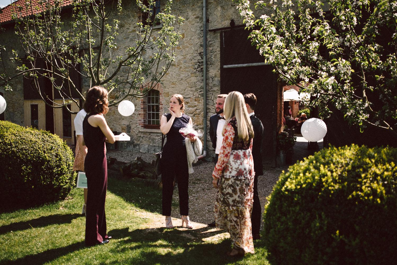 Vanessa-Nicholas-Hochzeitsreportage-43 Vanessa & Nicholas - freie Trauung in der Mosterei Ockensen Hochzeitreportage