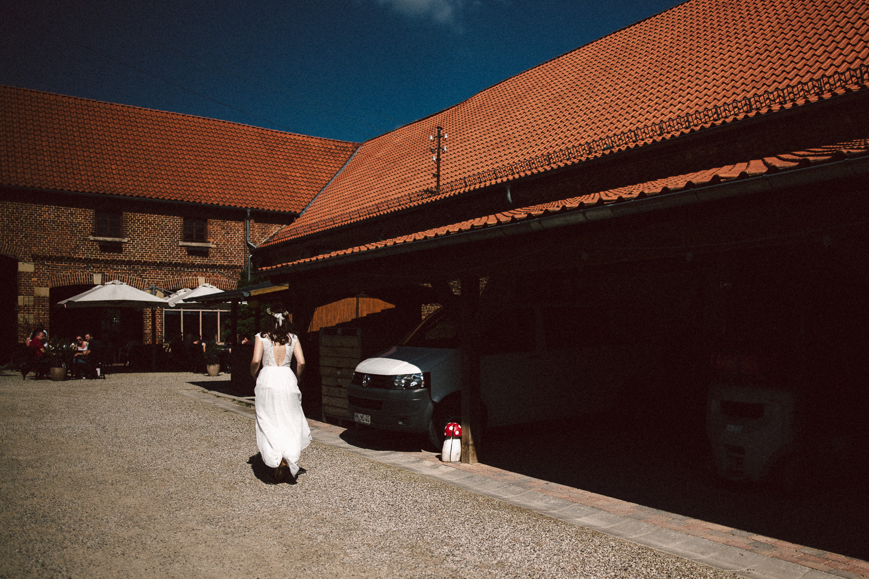 Vanessa-Nicholas-Hochzeitsreportage-49 Vanessa & Nicholas - freie Trauung in der Mosterei Ockensen Hochzeitreportage