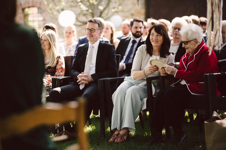 Vanessa-Nicholas-Hochzeitsreportage-60 Vanessa & Nicholas - freie Trauung in der Mosterei Ockensen Hochzeitreportage