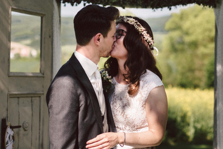 Vanessa-Nicholas-Hochzeitsreportage-76 Vanessa & Nicholas - freie Trauung in der Mosterei Ockensen Hochzeitreportage