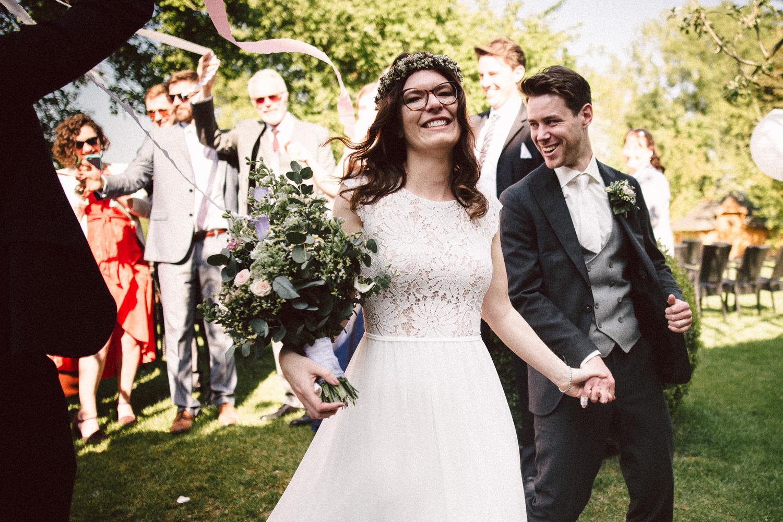 Vanessa-Nicholas-Hochzeitsreportage-79 Vanessa & Nicholas - freie Trauung in der Mosterei Ockensen Hochzeitreportage