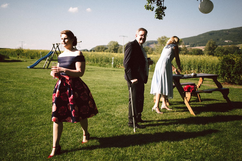 Vanessa-Nicholas-Hochzeitsreportage-84 Vanessa & Nicholas - freie Trauung in der Mosterei Ockensen Hochzeitreportage
