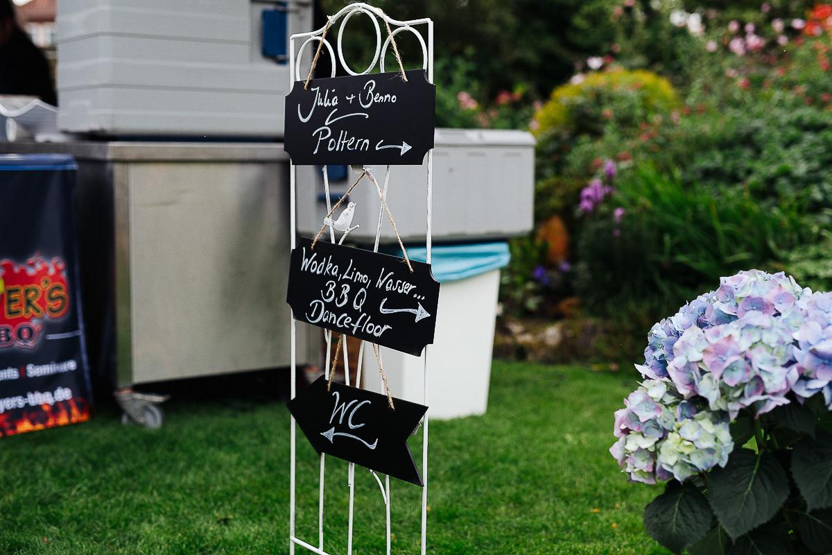 Hochzeitsfotograf-Hameln-Hochzeitsfotografie-Bad-Münder-Springe-Bielefeld-Hannover-13 Julia & Benno - Wenn der Polterabend zur Hochzeitsparty wird Hochzeitreportage