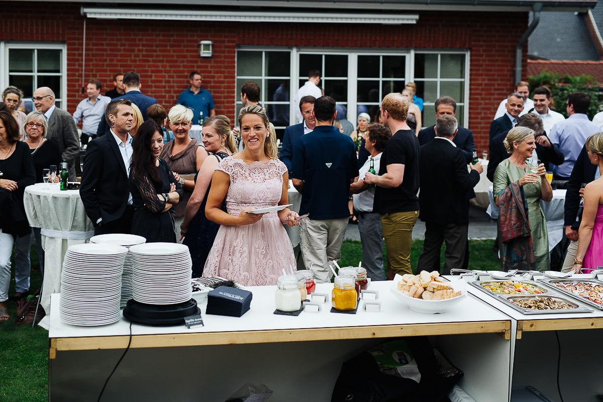 Hochzeitsfotograf-Hameln-Hochzeitsfotografie-Bad-Münder-Springe-Bielefeld-Hannover-20 Julia & Benno - Wenn der Polterabend zur Hochzeitsparty wird Hochzeitreportage