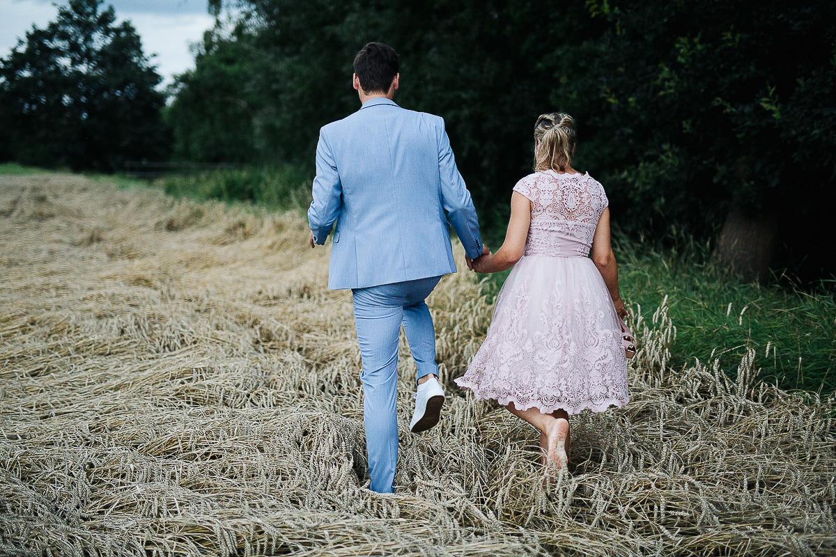 Hochzeitsfotograf-Hameln-Hochzeitsfotografie-Bad-Münder-Springe-Bielefeld-Hannover-25 Julia & Benno - Wenn der Polterabend zur Hochzeitsparty wird Hochzeitreportage
