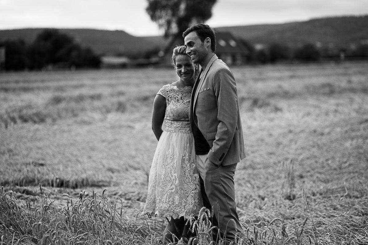 Hochzeitsfotograf-Hameln-Hochzeitsfotografie-Bad-Münder-Springe-Bielefeld-Hannover-32 Julia & Benno - Wenn der Polterabend zur Hochzeitsparty wird Hochzeitreportage