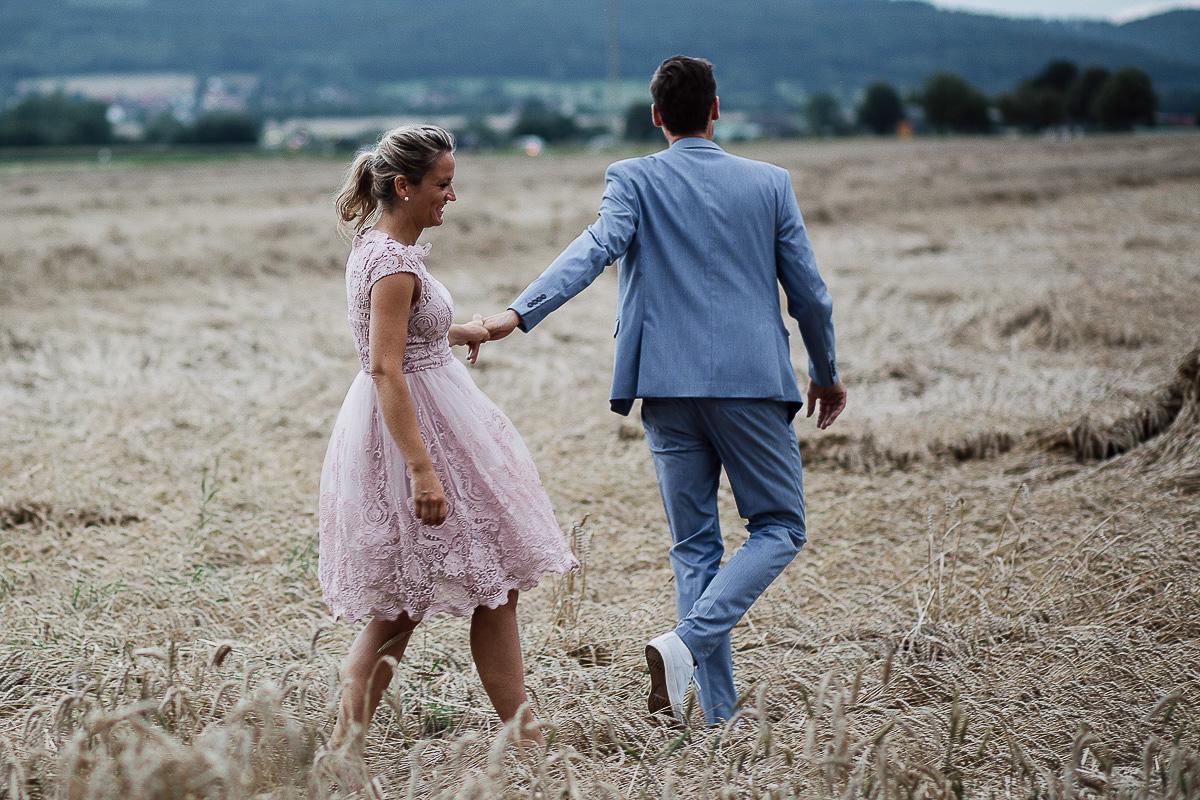 Hochzeitsfotograf-Hameln-Hochzeitsfotografie-Bad-Münder-Springe-Bielefeld-Hannover-33 Julia & Benno - Wenn der Polterabend zur Hochzeitsparty wird Hochzeitreportage
