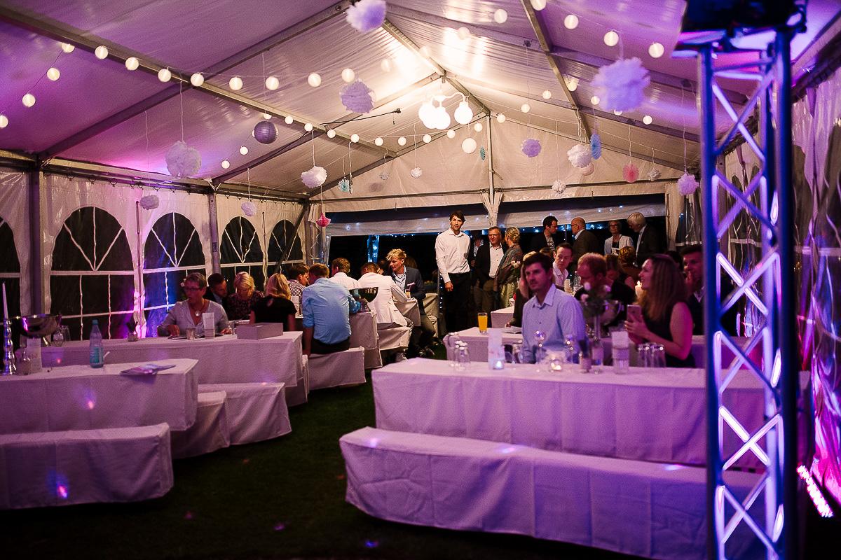 Hochzeitsfotograf-Hameln-Hochzeitsfotografie-Bad-Münder-Springe-Bielefeld-Hannover-42 Julia & Benno - Wenn der Polterabend zur Hochzeitsparty wird Hochzeitreportage