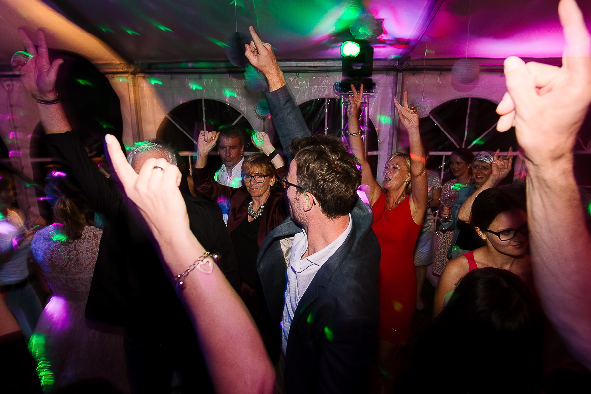 Hochzeitsfotograf-Hameln-Hochzeitsfotografie-Bad-Münder-Springe-Bielefeld-Hannover-49 Julia & Benno - Wenn der Polterabend zur Hochzeitsparty wird Hochzeitreportage
