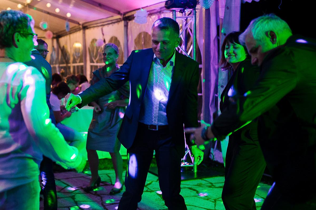 Hochzeitsfotograf-Hameln-Hochzeitsfotografie-Bad-Münder-Springe-Bielefeld-Hannover-51 Julia & Benno - Wenn der Polterabend zur Hochzeitsparty wird Hochzeitreportage