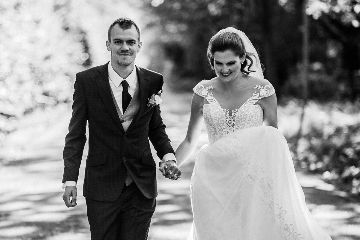 Hochzeitsfotograf-Hameln-Hochzeitsfotografie-Bad-Muender-Springe-Bielefeld-Hannover-Weserbergland-29 Annika & Julius - Corona Herbsthochzeit im Weserbergland Hochzeitreportage