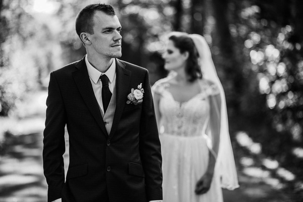 Hochzeitsfotograf-Hameln-Hochzeitsfotografie-Bad-Muender-Springe-Bielefeld-Hannover-Weserbergland-32 Annika & Julius - Corona Herbsthochzeit im Weserbergland Hochzeitreportage