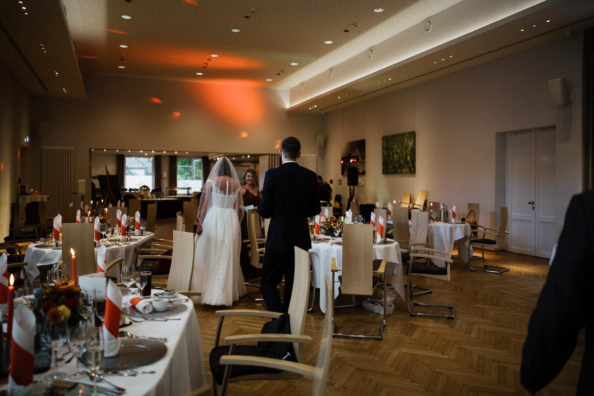 Hochzeitsfotograf-Hameln-Hochzeitsfotografie-Bad-Muender-Springe-Bielefeld-Hannover-Weserbergland-37 Annika & Julius - Corona Herbsthochzeit im Weserbergland Hochzeitreportage