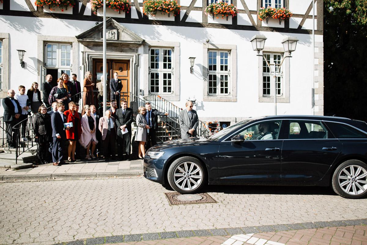 Hochzeitsfotograf-Hameln-Hochzeitsfotografie-Bad-Muender-Springe-Bielefeld-Hannover-Weserbergland-5 Annika & Julius - Corona Herbsthochzeit im Weserbergland Hochzeitreportage