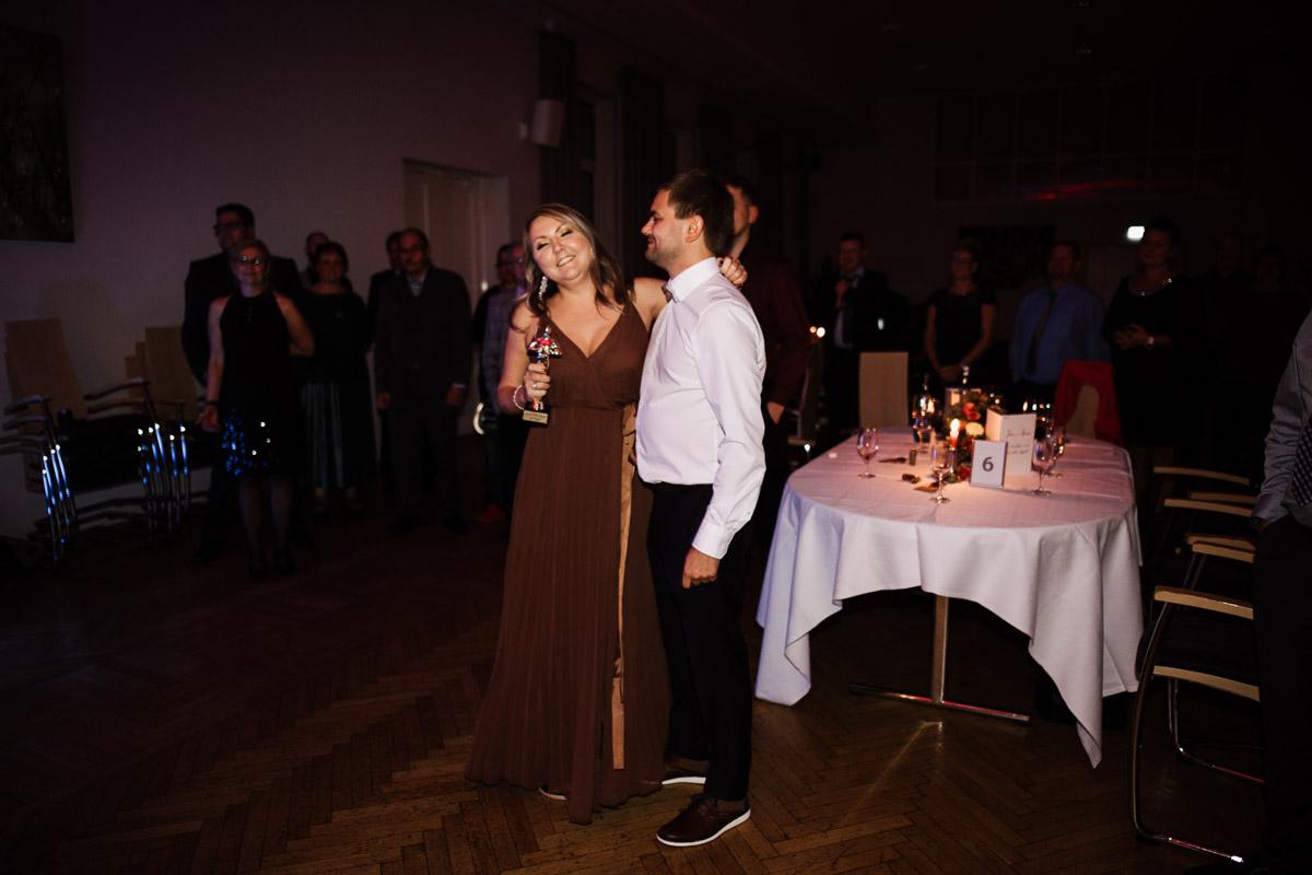 Hochzeitsfotograf-Hameln-Hochzeitsfotografie-Bad-Muender-Springe-Bielefeld-Hannover-Weserbergland-55 Annika & Julius - Corona Herbsthochzeit im Weserbergland Hochzeitreportage