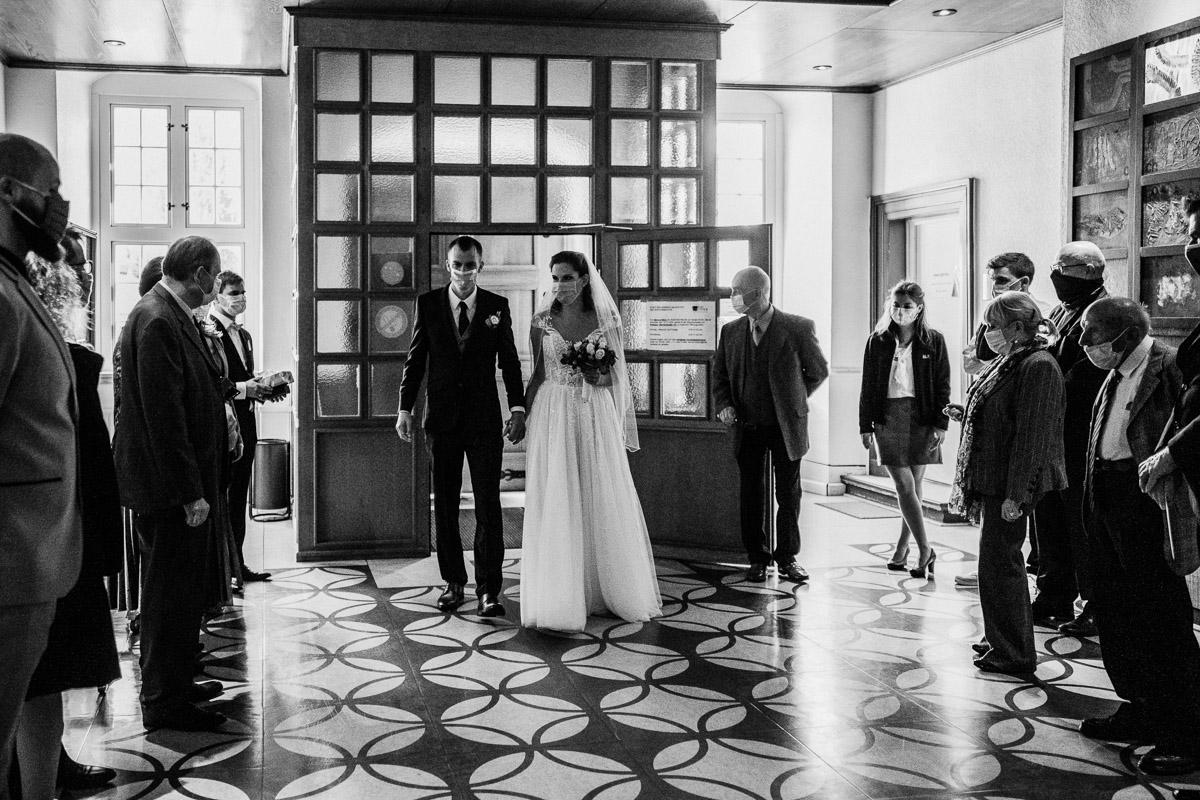 Hochzeitsfotograf-Hameln-Hochzeitsfotografie-Bad-Muender-Springe-Bielefeld-Hannover-Weserbergland-8 Annika & Julius - Corona Herbsthochzeit im Weserbergland Hochzeitreportage